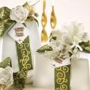 Amaretti Virginia Classic Pandoro 1kg in White and Green Gift Wrap